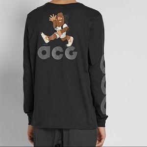 Nike ACG Long Sleeve T-Shirt